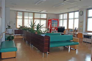 医療法人希望会・希望ヶ丘病院(岩手・陸前高田市)ロビー風景